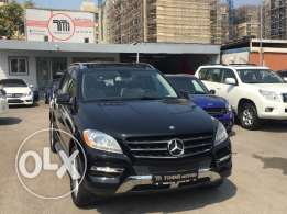 Mercedes ML350 AMG-LINE 2012 black on black, Fully loaded !!!