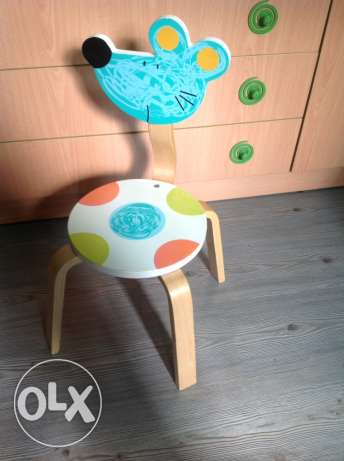 children table and mouse chair