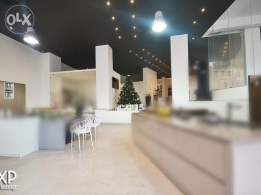 350 SQM Showroom for Rent in Beirut, Monot OF4131