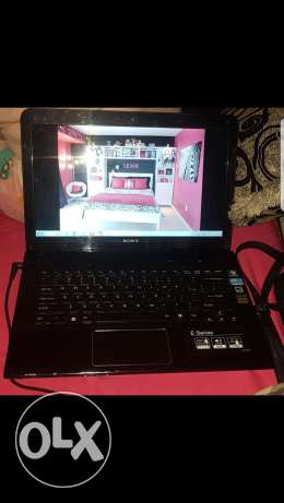 Sony vaio i3 used 2 months only very clean 250$ final price