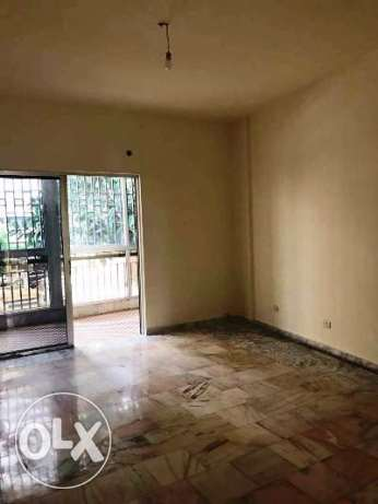 145 sqm Apartment for rent in Ras Beirut- main street 1st floor 1,100$