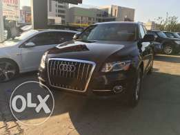 Audi Q5 2011 Black Fully Loaded Clean Carfax in Excellent Condition!