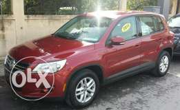 Tiguan clean car fax ( car loan available