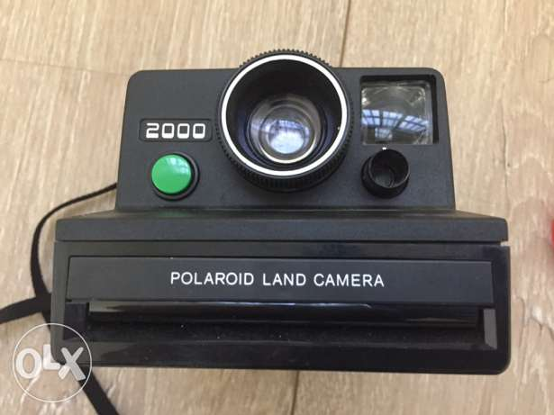 polaroid 2000 land camera in perfect condition