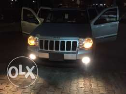 grand cheroke 2010. 4x4. kafa2at streat