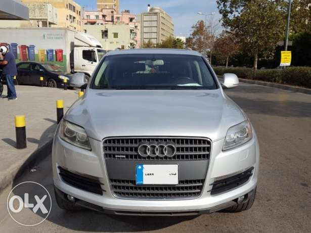 2007 Audi Q7 3.6L Premium Package-Panoramic Roof-Clean Carfax As New!'