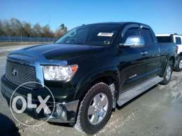 Toyota Tundra 2012- 4.7 L engine. 2WD. as new 22k negotiable or trade