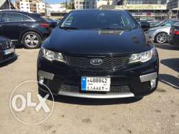 Kia koup 2011 black/black leather , sunroof , sensors