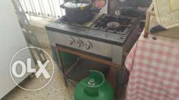 Industrial kitchen cook furn + table + gaz tank