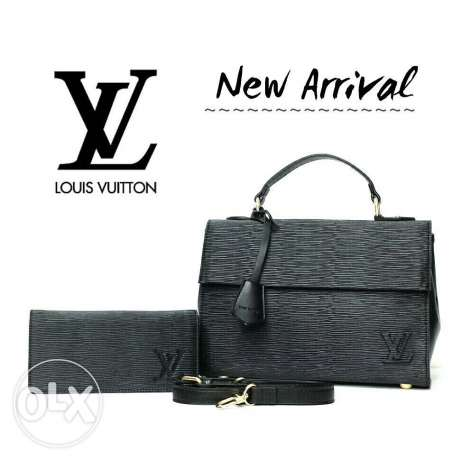 Louis vuitton high quality (bag + wallet) . Price 35$ + 4$ delivery