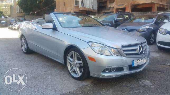 Mercedes E350 Convertible 2011/Full option perfect condition as new