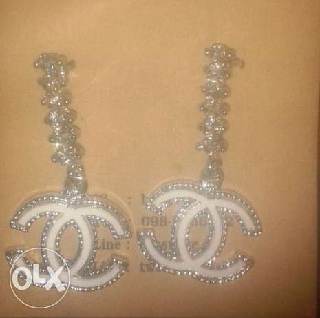 earings chanel for sale - new -white/silver