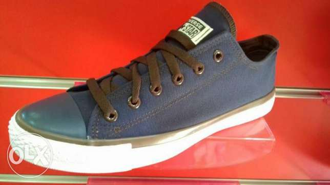 Men jeans convers 2 colours blue nd black denim jeans...10$