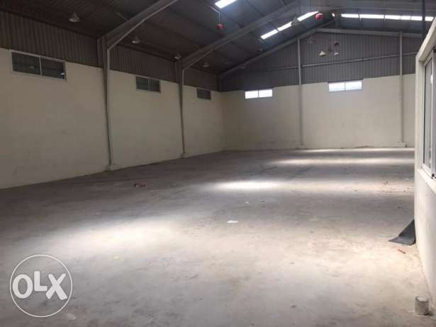 Zahle madinat el sinayia Hangar for rent .