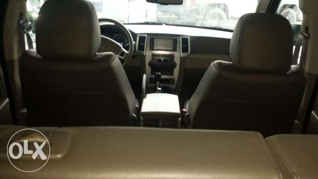Grand cherokee laredo full option انطلياس -  3