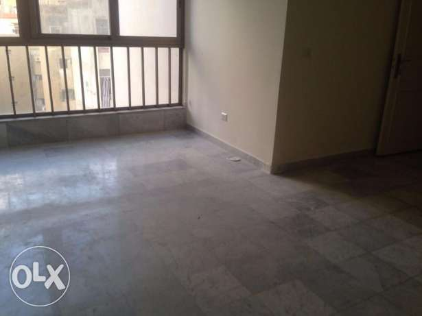 MG747,Apartment for Rent In Msaytbeh,150 sqm, 5th Floor.