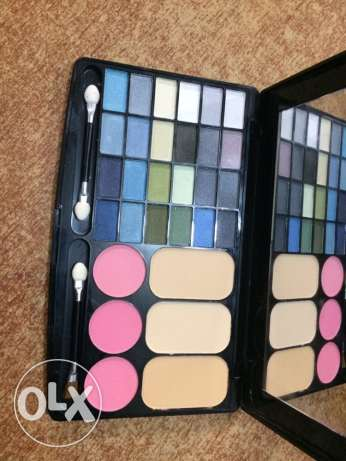 3 in 1 pouder blusher eye shodows خلدة -  1