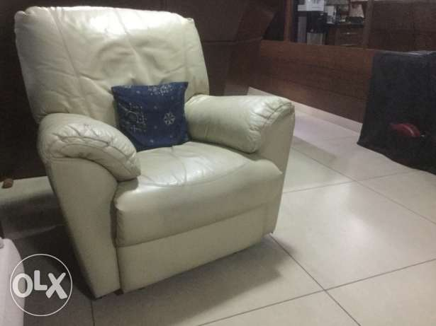 Relaxing leather arm chair طبرجا -  1
