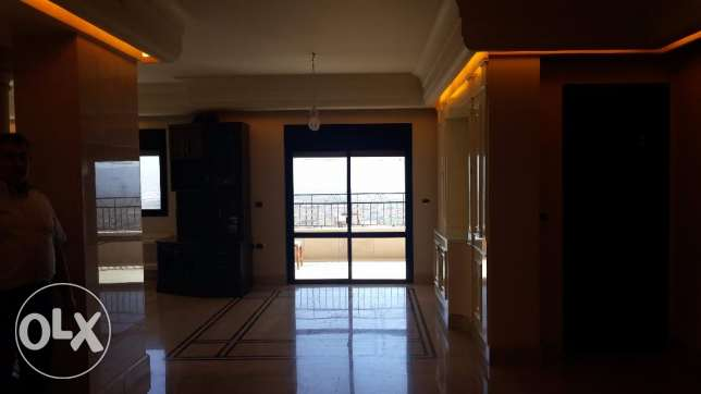 luxurious apartment for rent with panoramic view . كسارة -  2