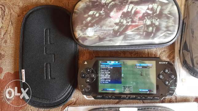 Psp2 with 2 memory cards