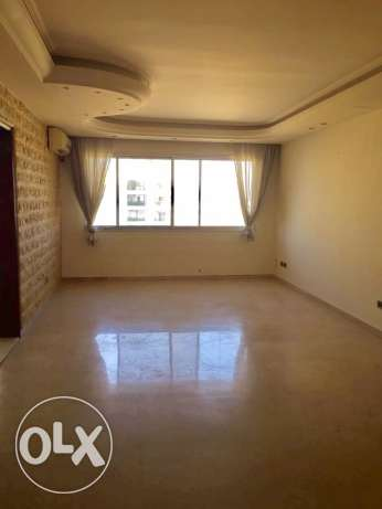 Zareef : 220m apartment for rent