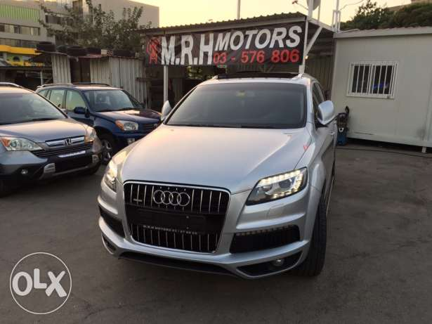 Audi Q7 2008 Silver Premium Package with Facelift Like New! بوشرية -  2