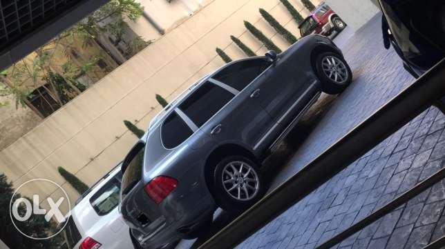 porsche cayenne-s Model 2005 for one owner very good condition فردان -  3