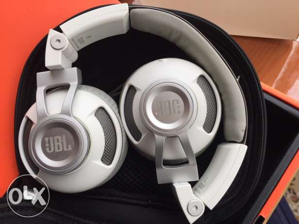 JBL STEREO HEADPHONE for sale or trade