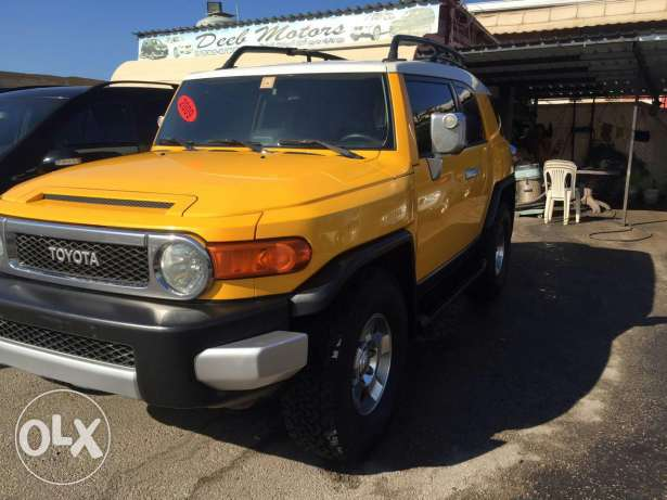 Fj Cruiser 2009 4×4 ,very low mileage, clean carfax, full options. الشياح -  3