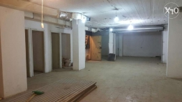 140m2 warehouse for rent or sale achrafieh