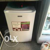 Used Freezer 4 jwarir(used for 7 months)