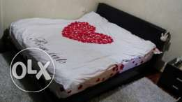 Malysian queen size bed