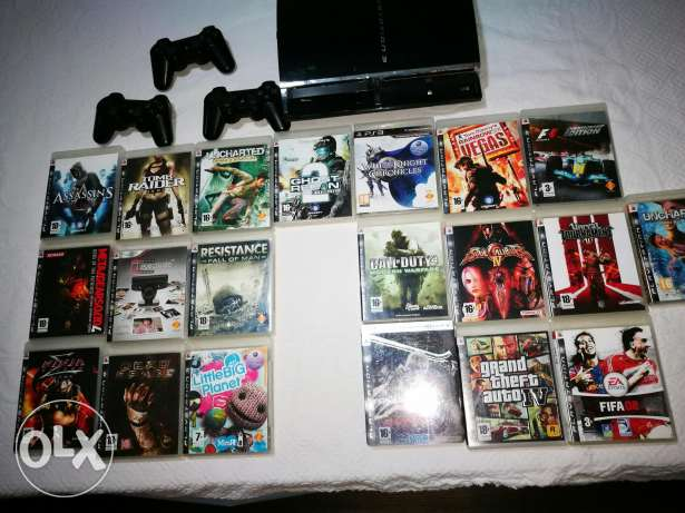Ps3 with 3 consoles and 20 games