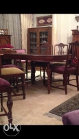 Dining table excellent condition for sale