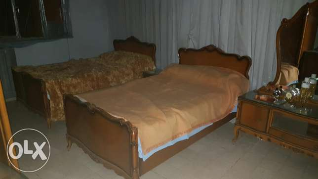 Full bedroom furniture set أشرفية -  1