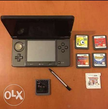 Nintendo 3DS + more than 33 Games