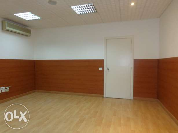 Office for RENT - Hamra 220 SQM