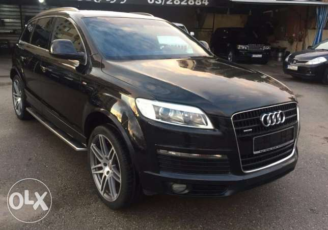 Audi Q7 V8 S-Line European specs Perfect condition Fully loaded !