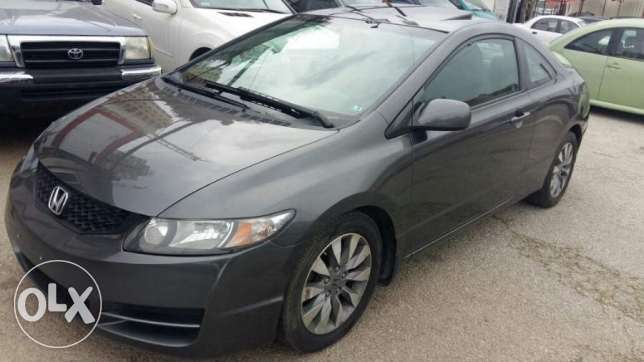 Honda Civic Coupe model 2009