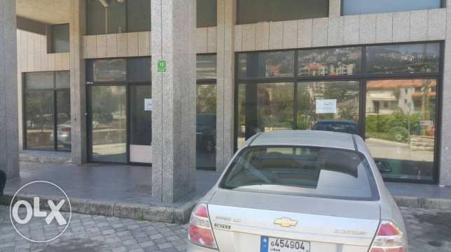 Shops in Baadath for rent with parkings