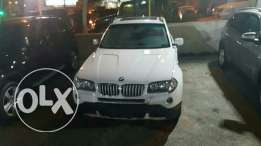 Bmw X3 3.0si full options 2008 ajnabieh very clean