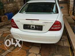 Mersedes car for sale in Aley