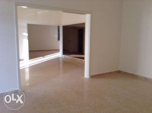 300 SQM Luxury Apartment for rent in Kaskas