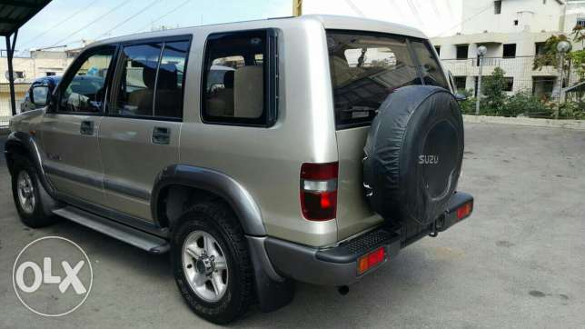 Jeep isuza 4x4 very clean