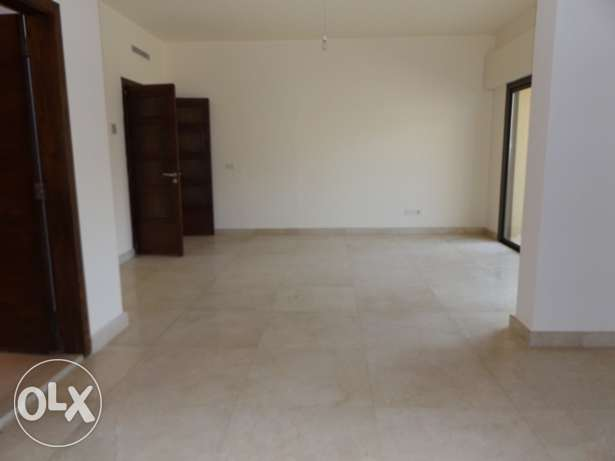 AP1558: 3 Bedroom Apartment for Rent in Caracas, Beirut