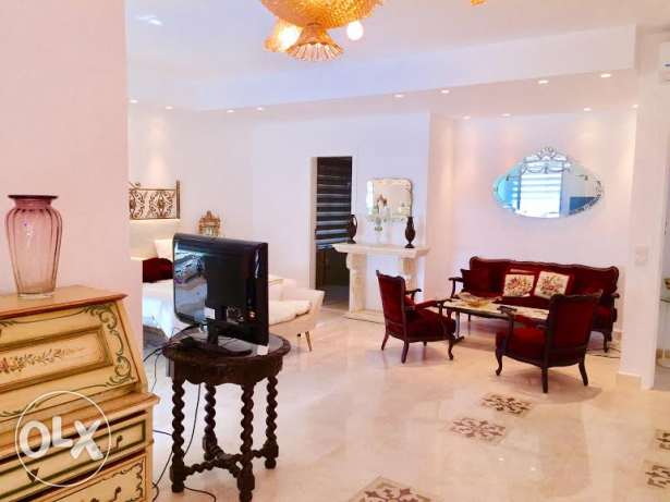 A Fancy brand new apartment for rent achrafie