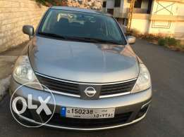 For sale nissan versa
