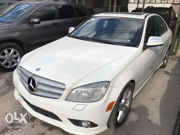 2008 Mercedes C300 clean carfax