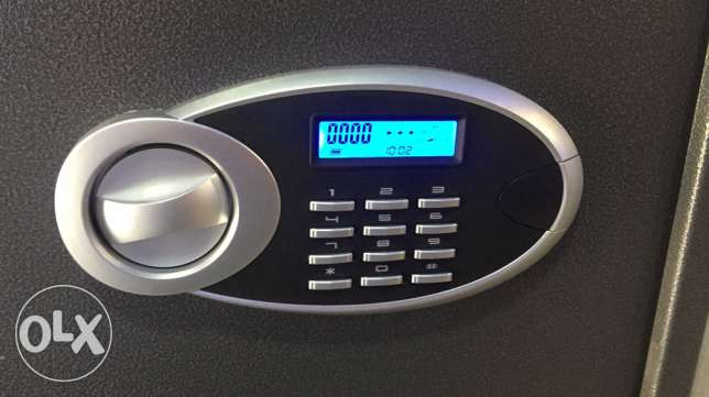 electronic safe with digital screen NEW