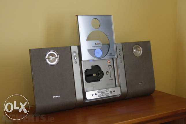 philips mini hifi slim design بمكن تعليقه على الحائط tuner cd mp3